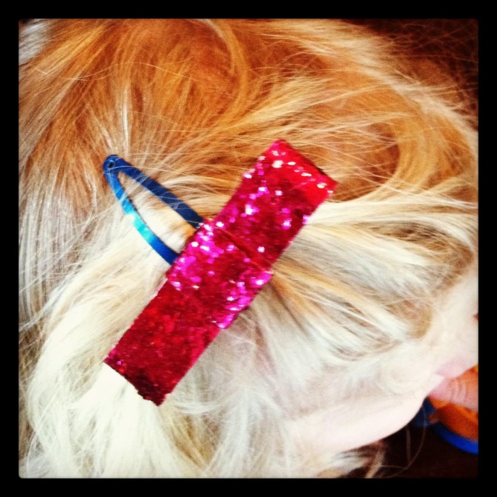 glitter bow1