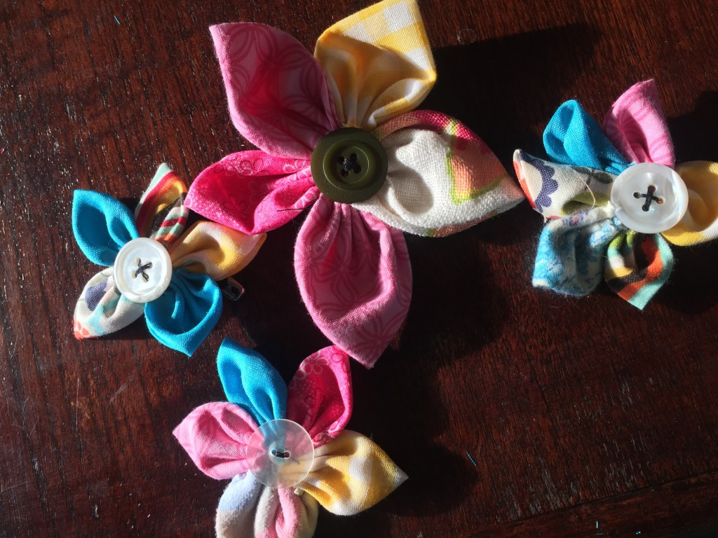 button flower1